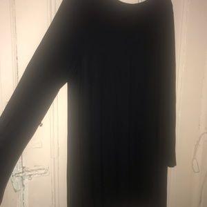 PLUS SIZE LONG SLEEVE BLACK DRESS